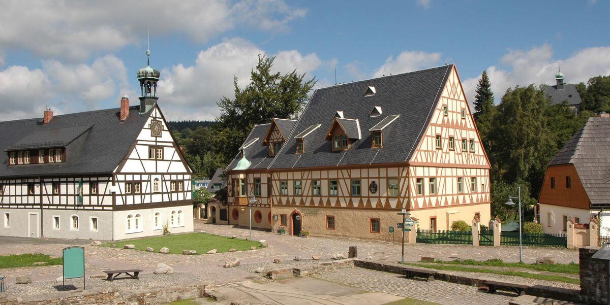 Häuser des Hotel Saigerhütte