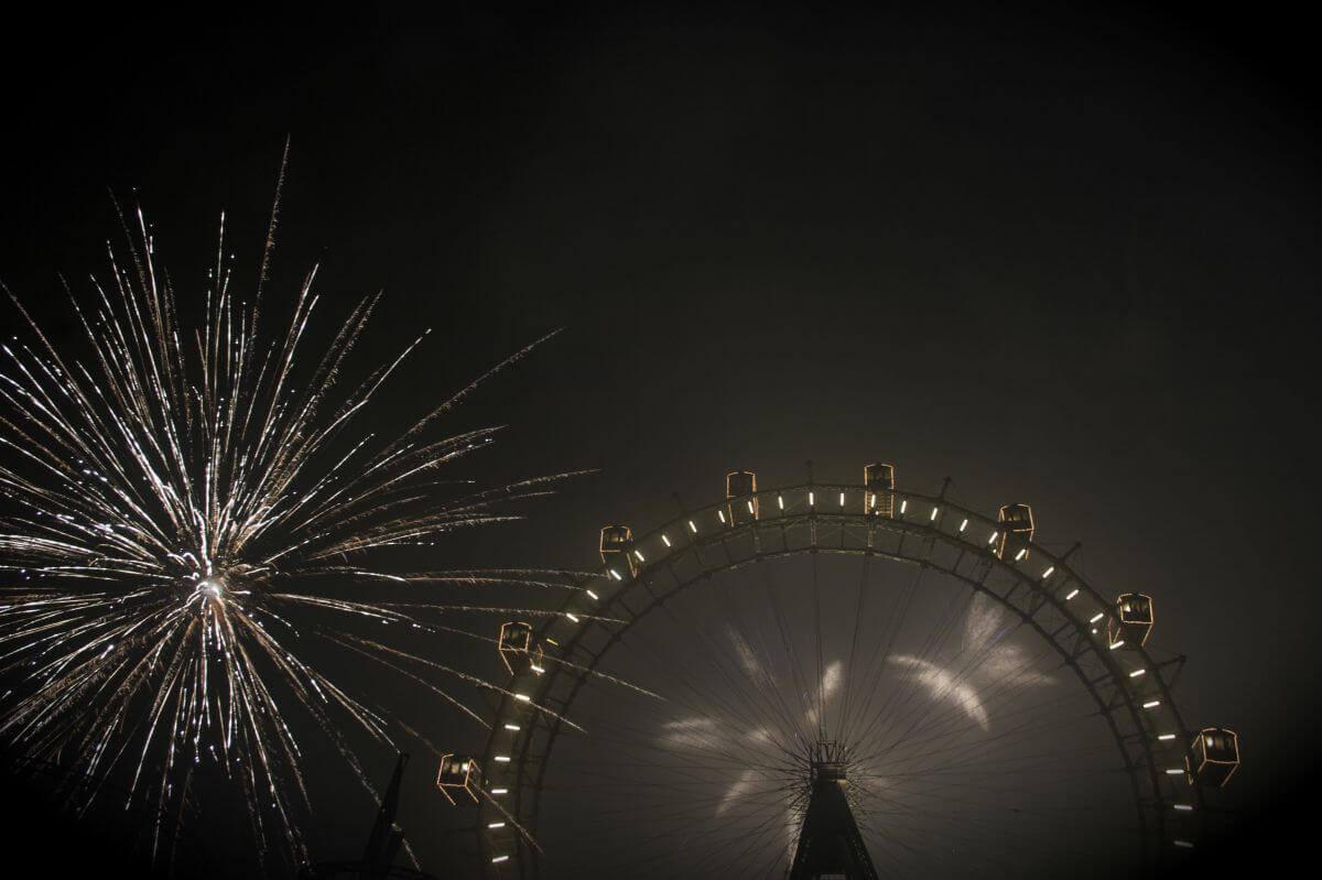 Feuerwerk über dem Prater in Wien