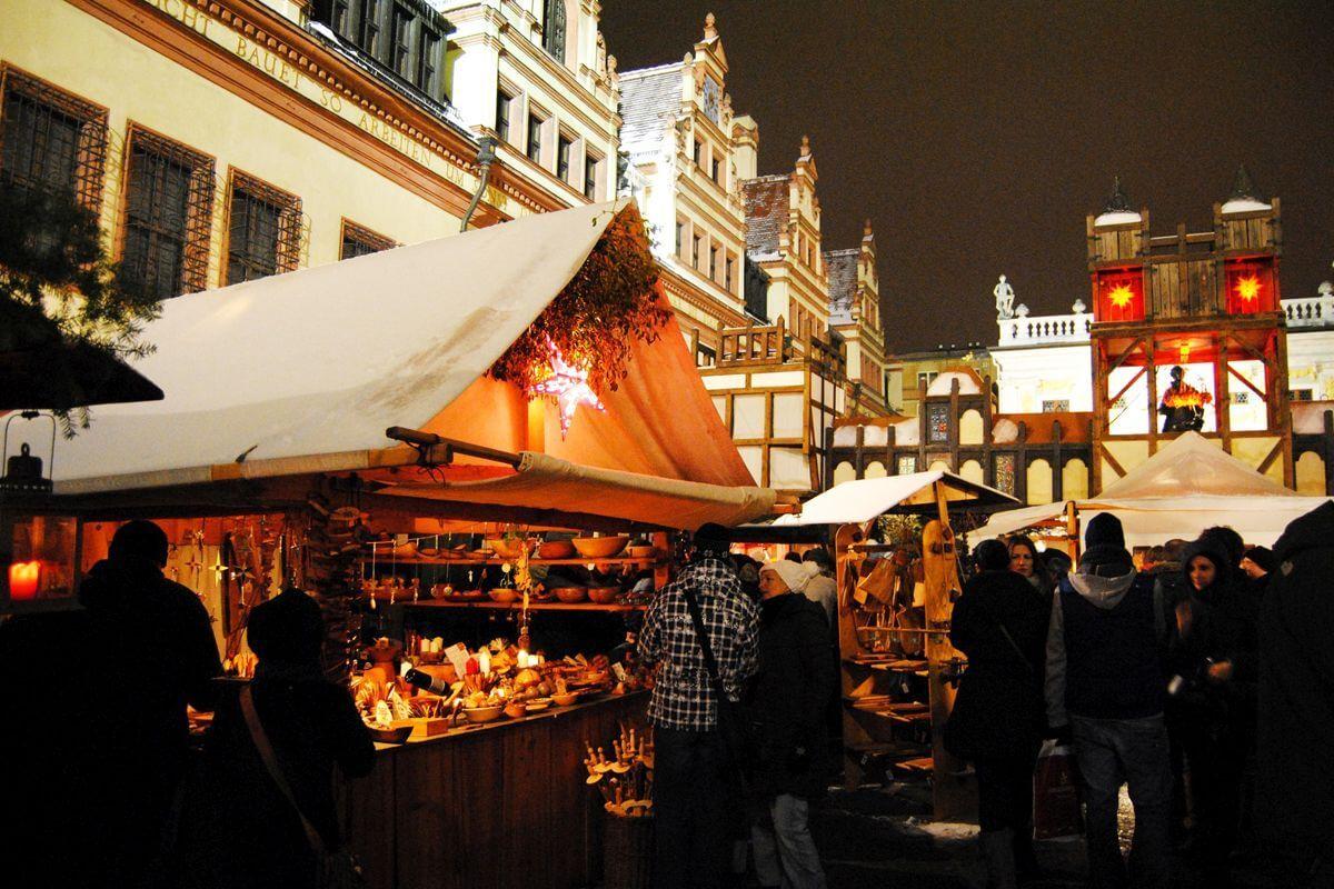 Weihnachtsmarktbuden